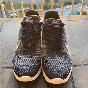 Men's shoes sneakers